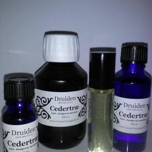 Cedertræ æterisk olie